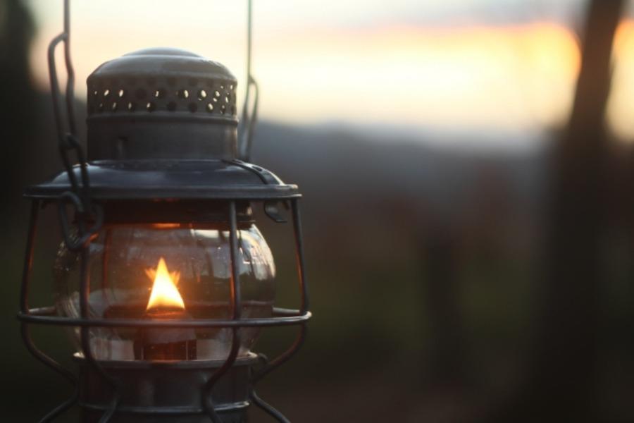 ギガパワーランタンの魅力を紹介!サイズ感や明るさなどをチェック!