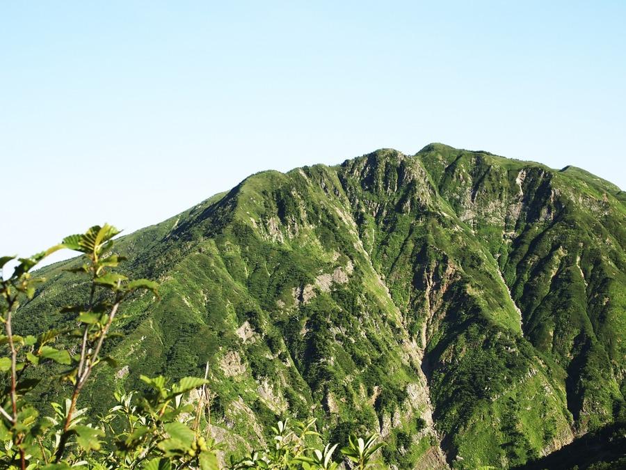 沖縄「石川岳」はトレッキング・ハイキングにもおすすめ!登山コースは?