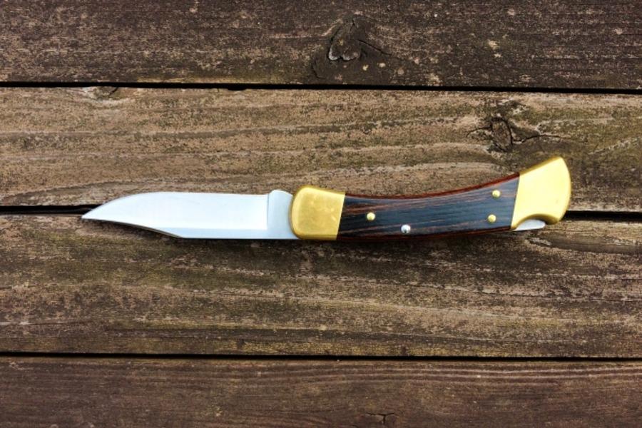 ソロキャンプにおすすめのナイフ21選!調理や薪割りに便利!