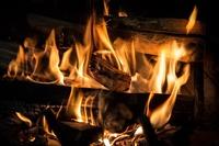 焚き火にはワークマンの綿かぶりヤッケが良い!2020年新作も紹介