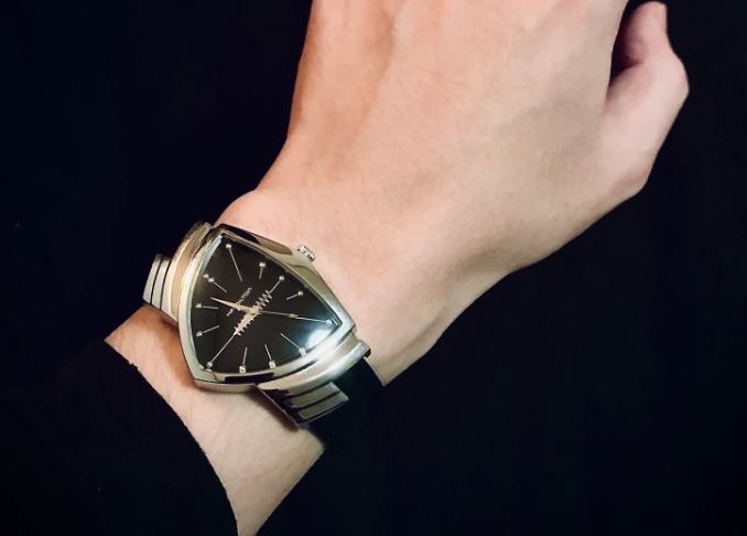 ハミルトン ベンチュラ ダサい ハミルトンの時計してるけどどんなイメージ?