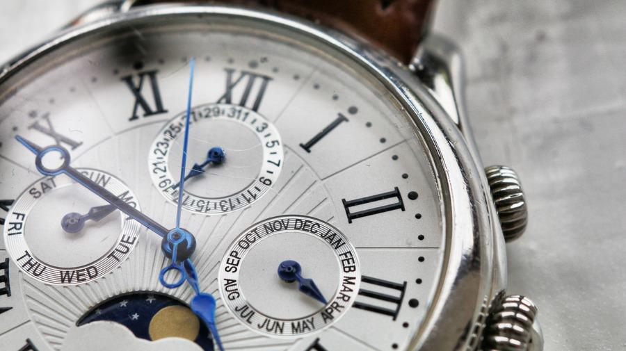 時計の風防の役割は何?風防の種類から特徴、修理交換まで徹底解説!