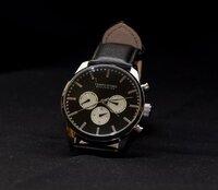 手巻き時計の正しい巻き方・使い方は?【腕時計の基礎知識】