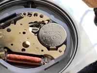 腕時計のこじ開けて行う電池交換での代用は?100均等のおすすめ工具も紹介!