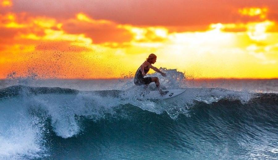 サーフィン用時計で安くておすすめの人気ランキング13選!【2020最新版】