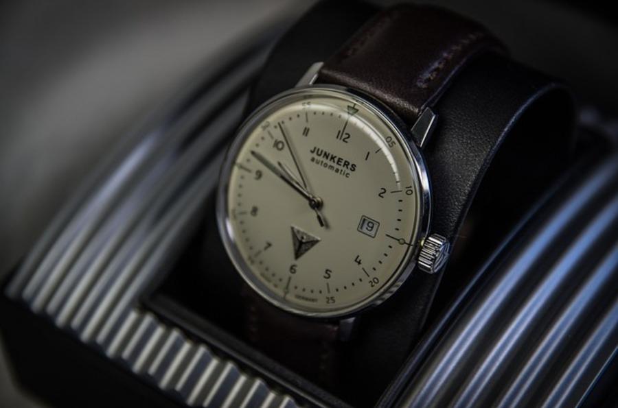 腕時計をプレゼントする意味は?相手によってはNGの場合も!注意点を解説!
