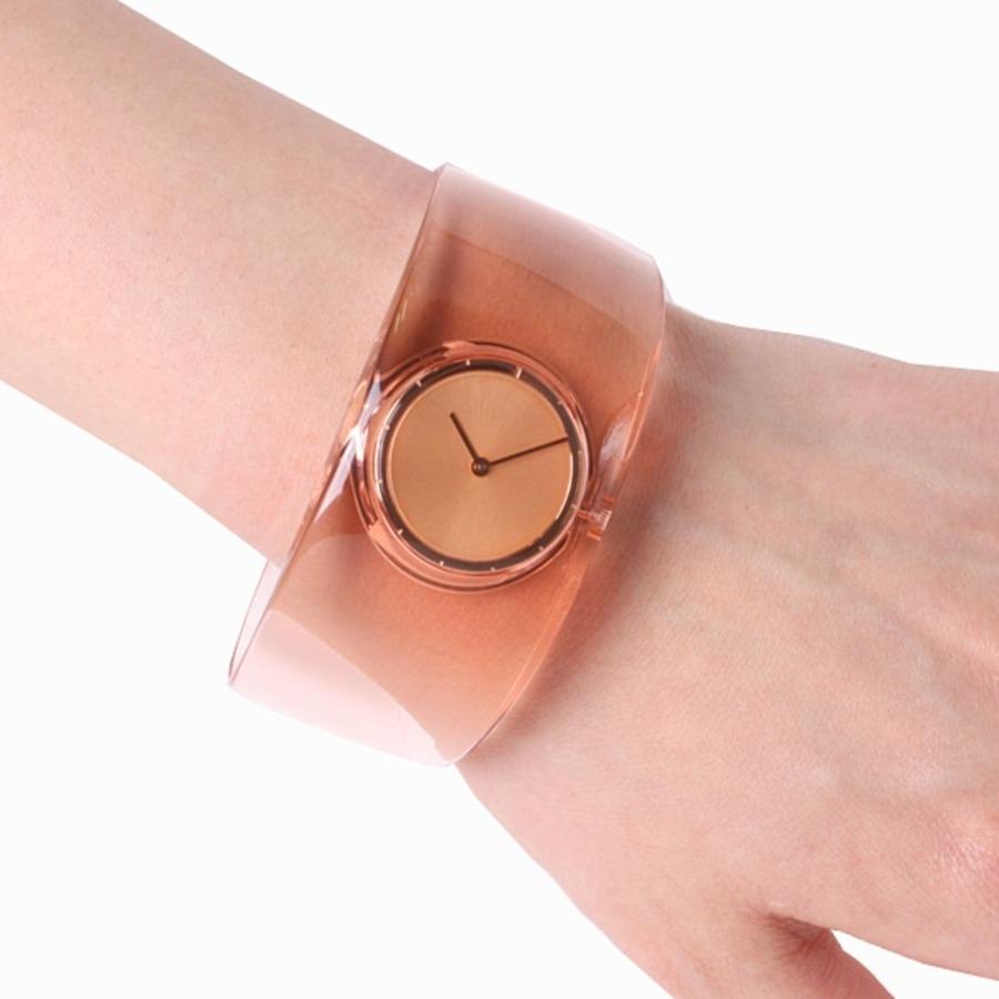 吉岡徳仁の腕時計4選!特徴や価格、口コミも!【2021年最新】