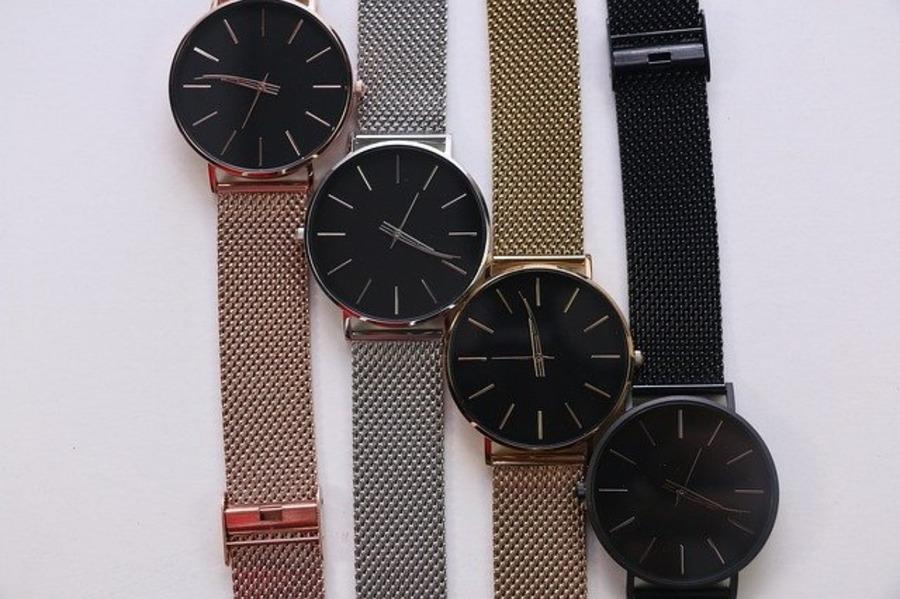 ONOMAX(オノマックス)の時計の評判や口コミはどう?買取に関しても解説!