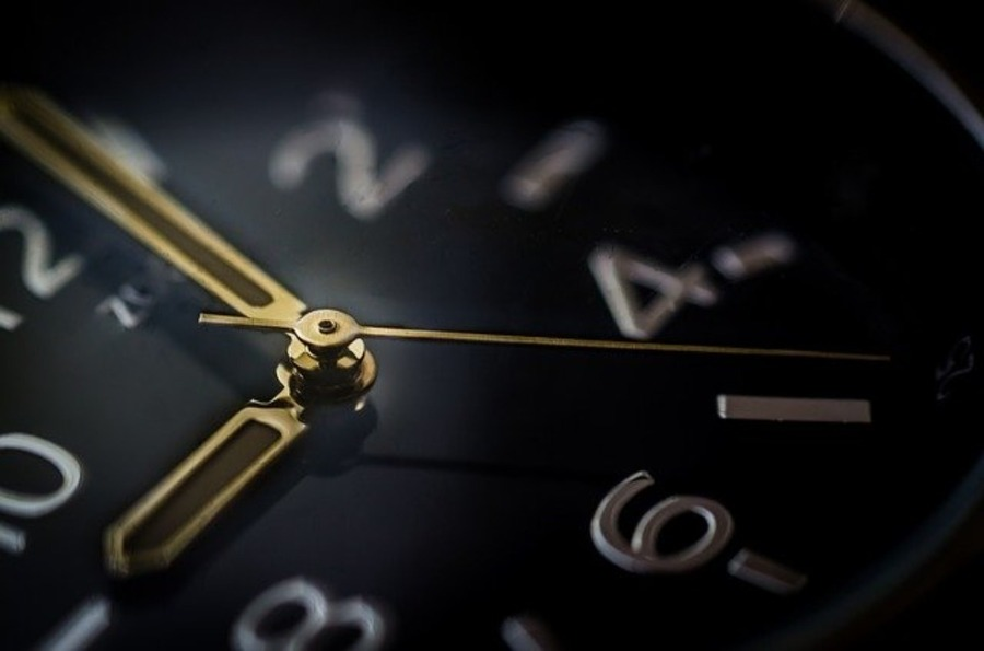 ケアーズ時計店の良い評判と悪い評判まとめ!時計の価格や修理の料金まで解説!