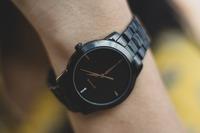 腕時計のベルトの長さは平均どのくらい?メンズの他レディースも