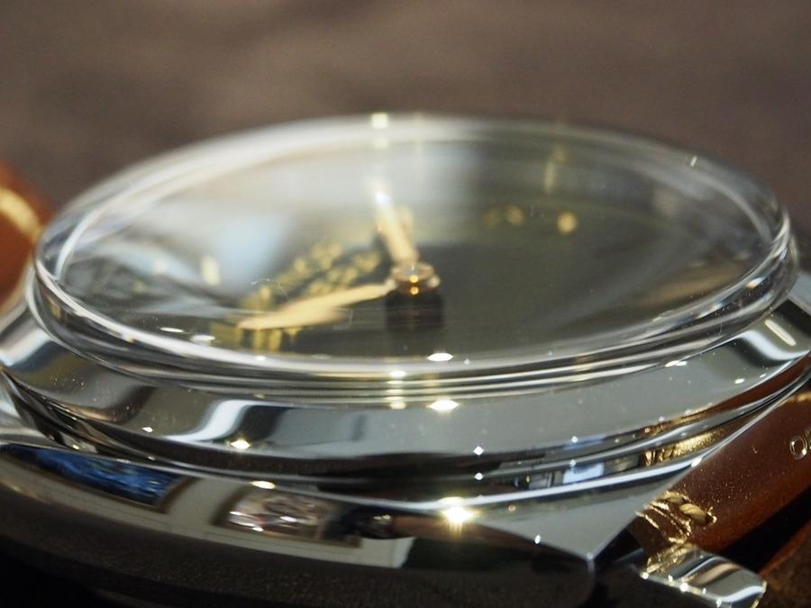 プレキシガラスとは何?使用されている時計も紹介!