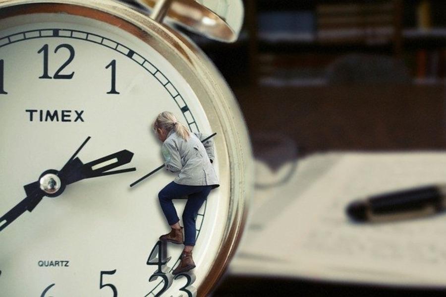 ニクソンの時計の電池交換を自分でやる方法は?店舗に頼む場合の値段も調査!