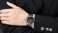 MEGIRはどんな腕時計?評価や人気モデル3選も!【2021年最新】