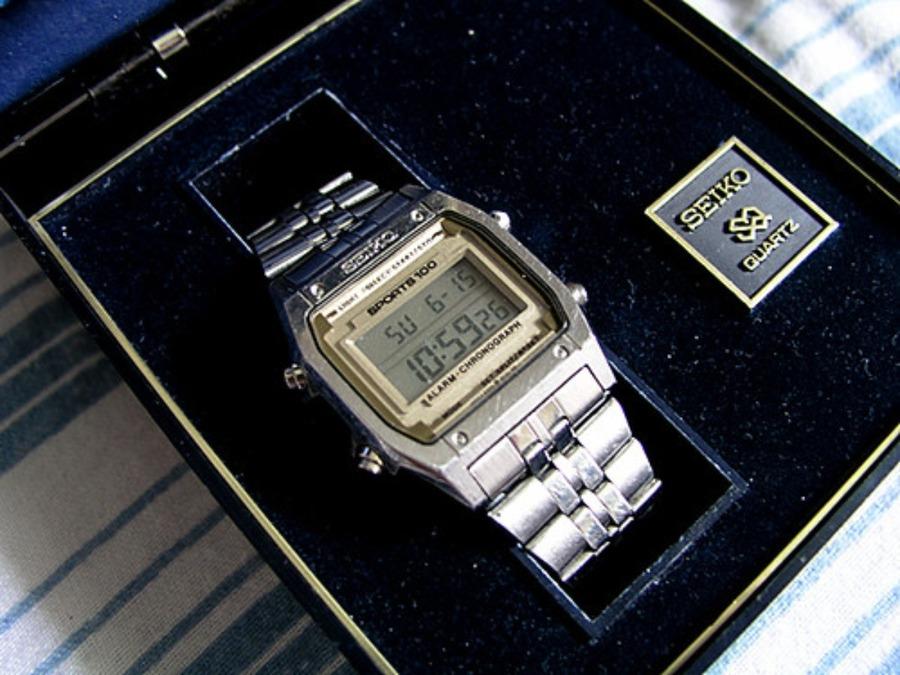 セイコー(SEIKO)デジタル腕時計の歴史は?レトロな人気デジタル時計4選も紹介!