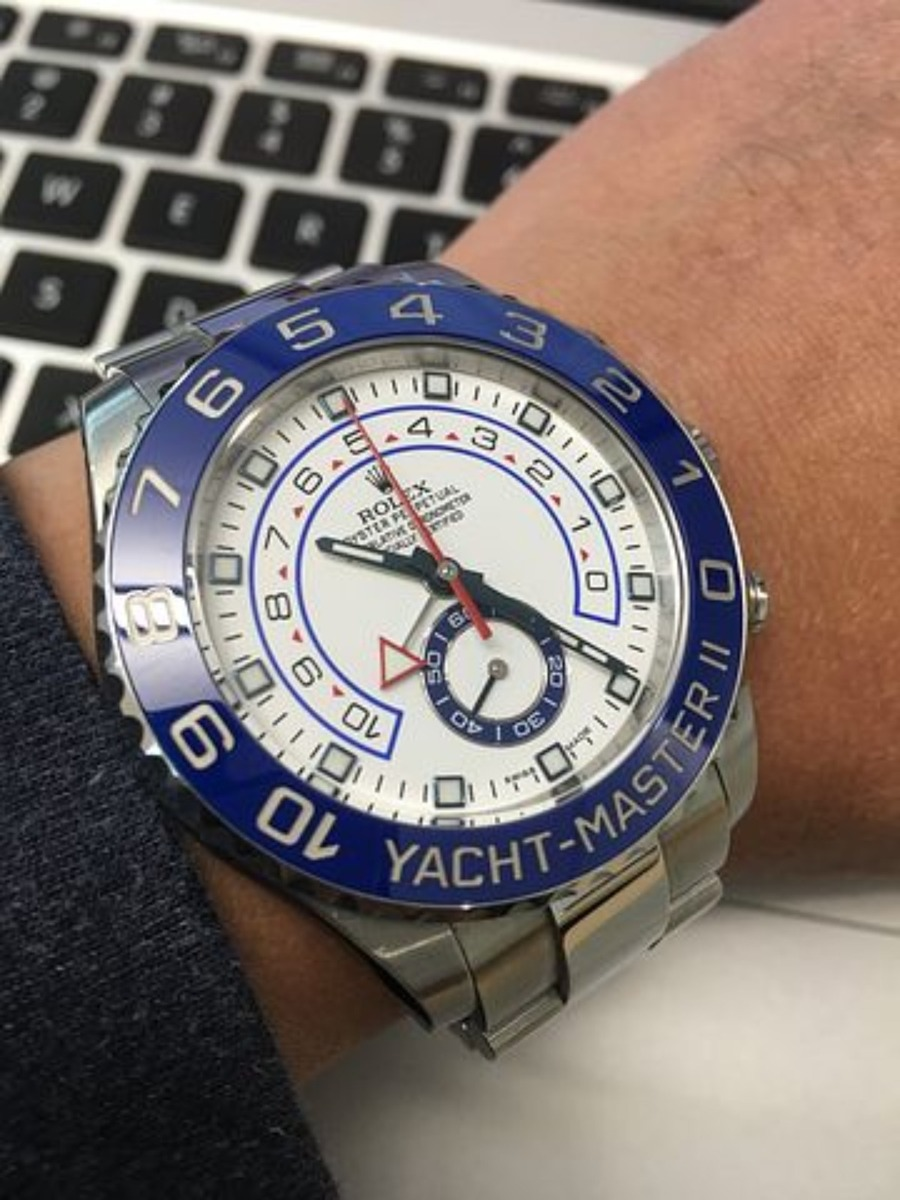 腕時計のレトログラードとは?意味や仕組み、オススメの時計も紹介!
