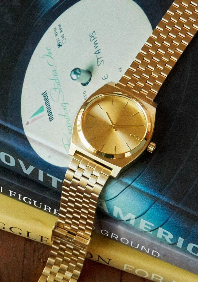 ニクソンはどんな腕時計?評価・評判や定番人気ランキング10選も紹介!