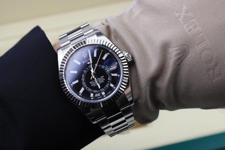 ロレックスエアキングはどんな時計?知るべき5つのことと評価なども紹介!