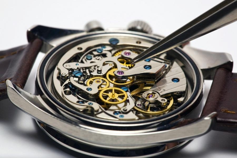 腕時計の分解掃除(オーバーホール)を自分でやる方法を解説!必要工具や注意点も解説!