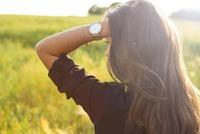 レディースの本当に人気の最新腕時計16選!20代〜40代女性人気モデル別に!
