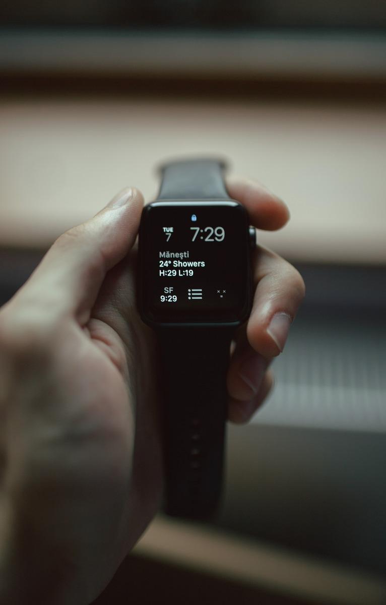 【動画解説】AppleWatchを再起動する手順を説明!再起動できない時の手順も紹介!