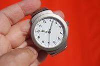 腕時計は内側に着ける理由や意味は?内側に付ける印象やメリットも紹介!