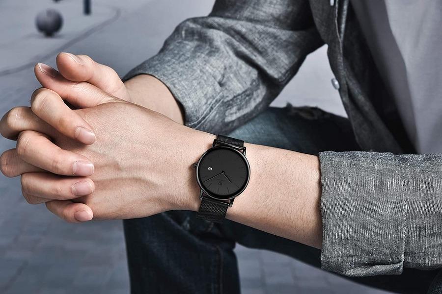 黒の腕時計のおしゃれ人気モデル16選!男女別に価格と特徴を比較!【2021年最新】