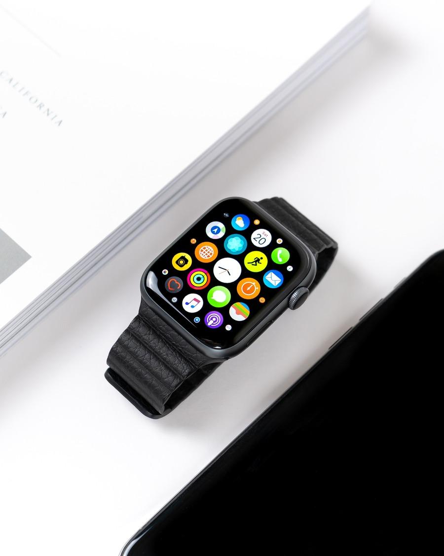 AppleWatch4は買うべき?他シリーズと機能・デザインなどを比較!