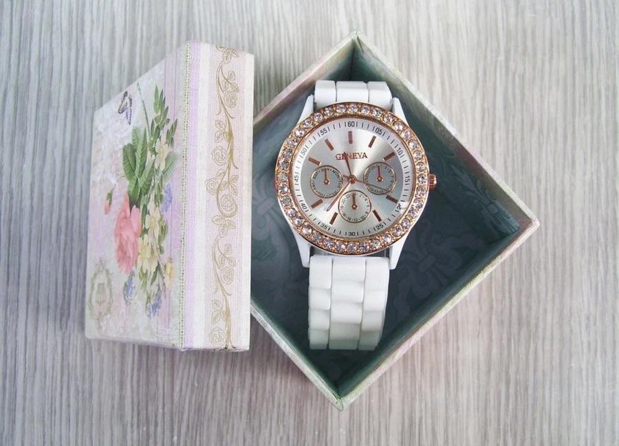 腕時計ケースのおすすめランキング21選!選び方や価格、持ち運び用も紹介!