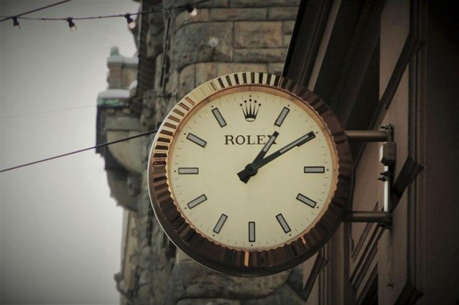 ロレックスのバブルバックとはどんな時計?歴史や魅力、人気の種類も紹介!