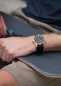 ニクソンのゴールド(金)の腕時計で最も人気のあるモデルは?ランキング9選紹介!
