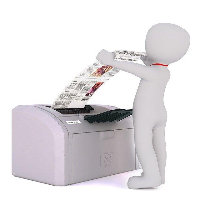印刷複合機で印刷だけでなく名刺スキャンもできる