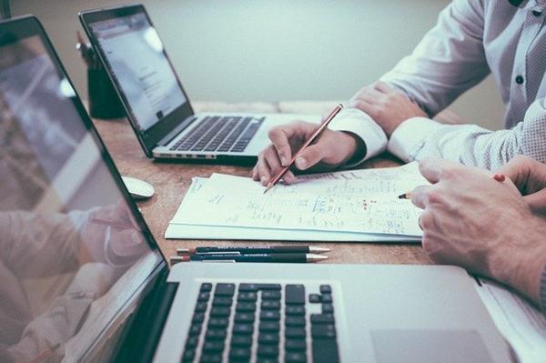 【無料で始められる】web会議システム6選を徹底比較!それぞれの特徴や違いまとめ