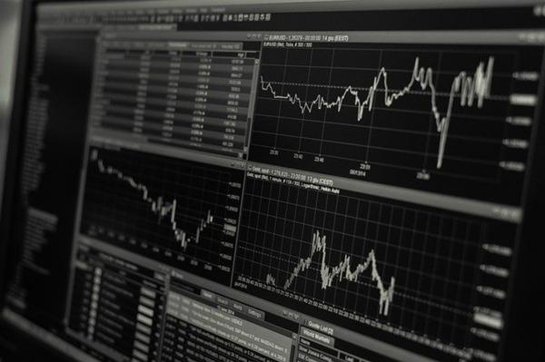 企業と株主にはどのような関係が?株主の権利や企業との関係性を徹底解説