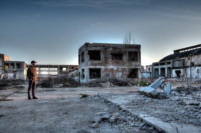 パーク 新潟 廃墟 テーマ