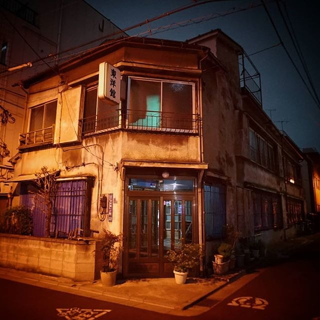 女性売買 あいりん地区 あいりん地区は日本一治安が悪い危険な街?ドヤ街の詳細は?潜入も?