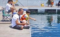 神奈川の釣り堀!子供や初心者におすすめの安い室内・海上型も紹介