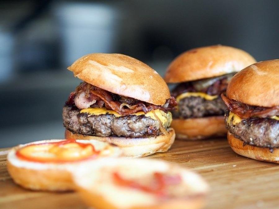 【沖縄】アメリカンビレッジでおすすめのハンバーガー店8選!美味しいお店は?