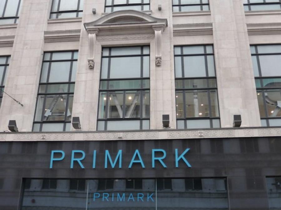 PRIMARK(プライマーク)はイギリスで人気のファッションブランド