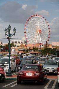 美浜アメリカンビレッジの営業時間と駐車場の場所や料金について紹介