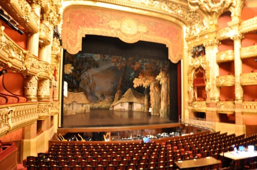 オペラ座の魅力を紹介!フランス・パリの人気観光スポットで自由見学も