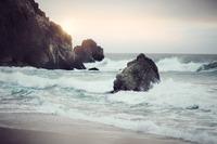 オタモイ海岸の心霊現象とは?巨大遊園地の謎と現在の姿を紹介