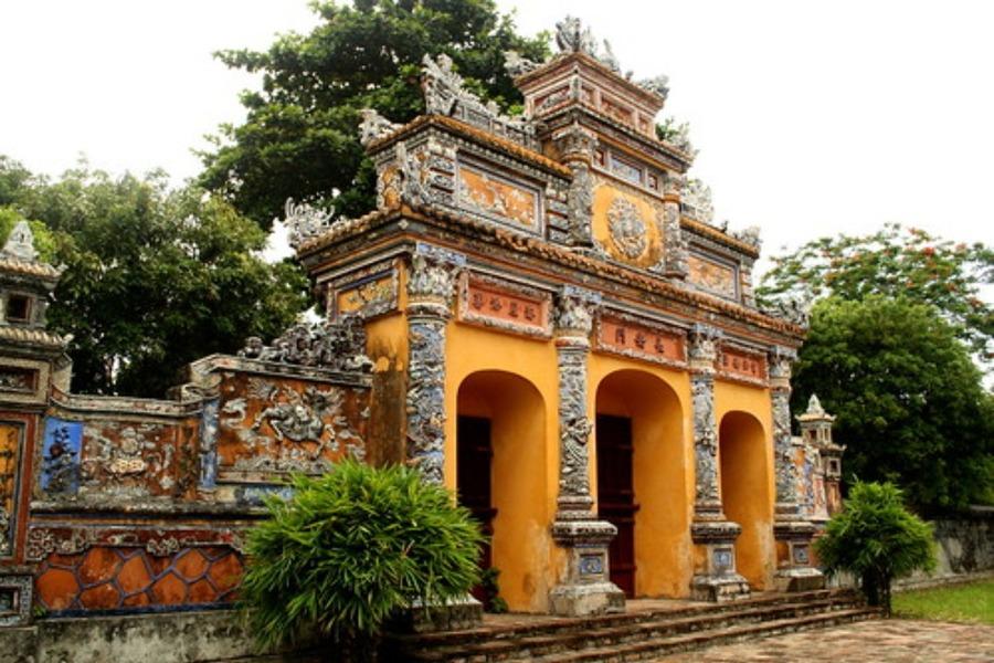 フエはベトナムの世界遺産!おすすめの観光スポットやグルメを紹介