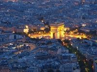 エトワール凱旋門はフランス・パリを代表する観光名所!歴史や見どころを紹介