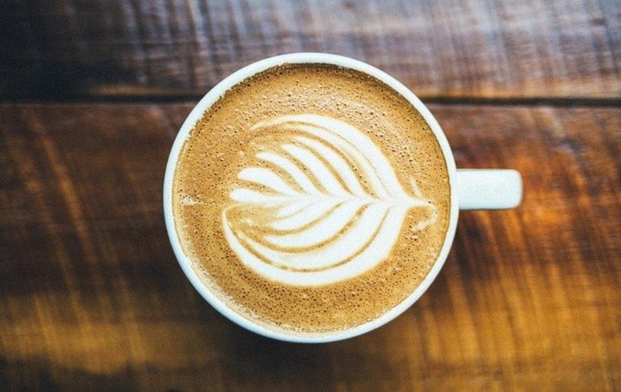 カフェMは山梨のおしゃれなカフェ!光と風のマーケットコートも紹介