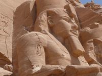 アブシンベル神殿はエジプトの世界遺産!大神殿内部など見どころを紹介