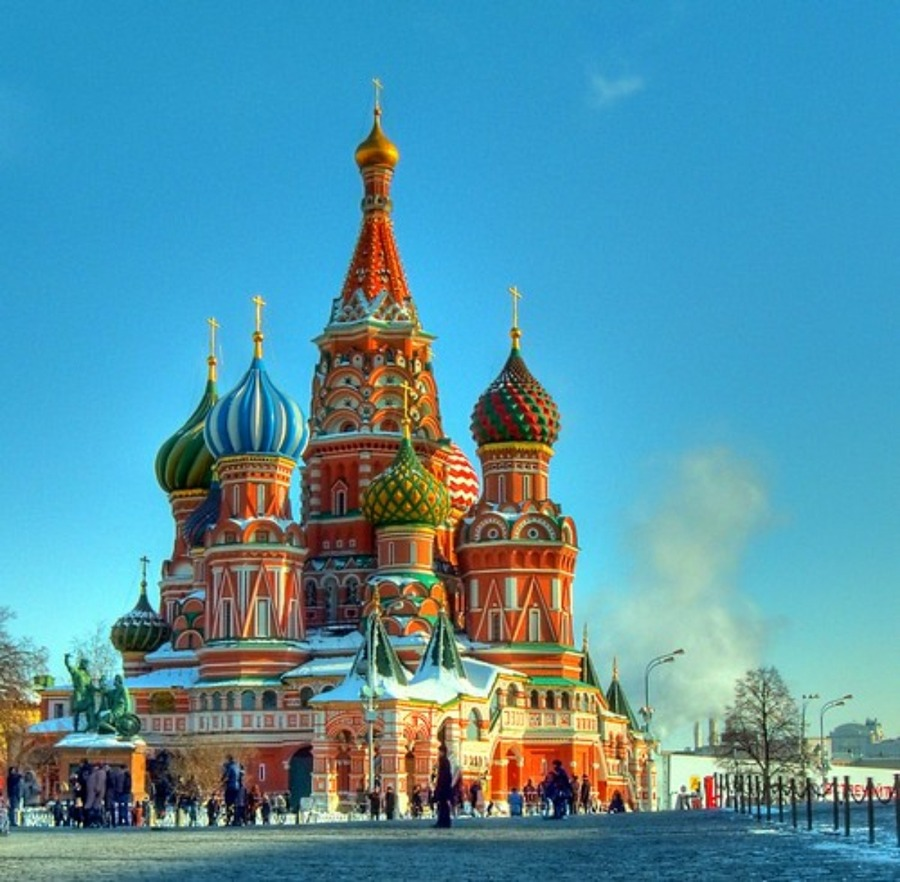 聖ワシリイ大聖堂はロシア・モスクワの美しい寺院!観光の見どころを紹介