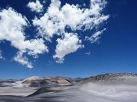 チチカカ湖(ペルー)を観光!浮島や遺跡などの見どころを紹介