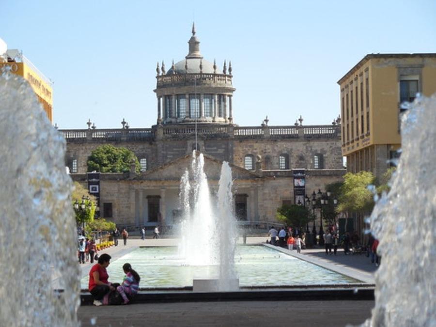 グアダラハラはメキシコ第二の都市!人気観光スポットや治安を紹介