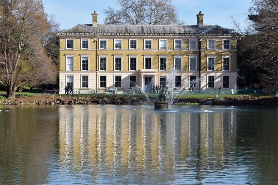 キューガーデンはロンドンの世界遺産!見どころや行き方などを紹介