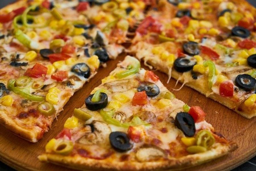アメリカのピザは安くてでかい?値段やサイズ・美味しい人気のピザ屋を紹介